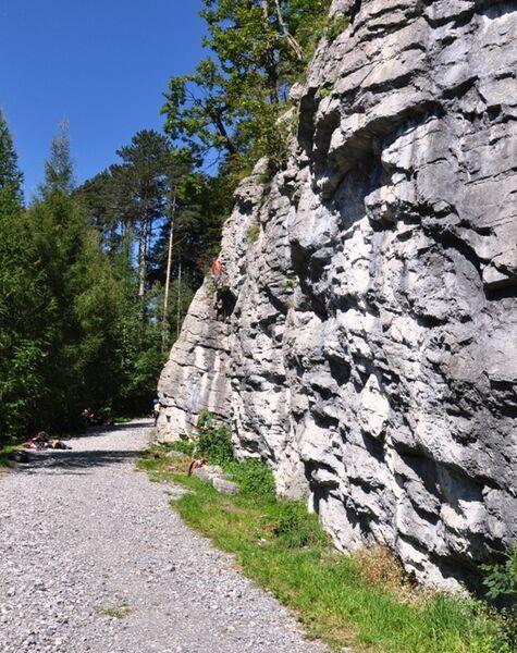 Von der Halle an den Fels