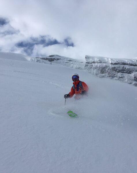 Skitechnik und Tiefschneefahren
